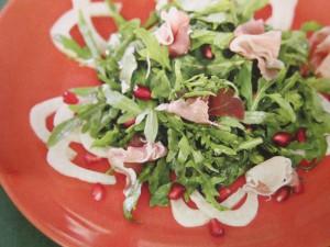 салаты из овощей с ветчиной